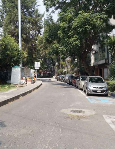 Calle Plaza Melchor Ocampo antes de la intervención urbana conocida como Paseo de los Ríos